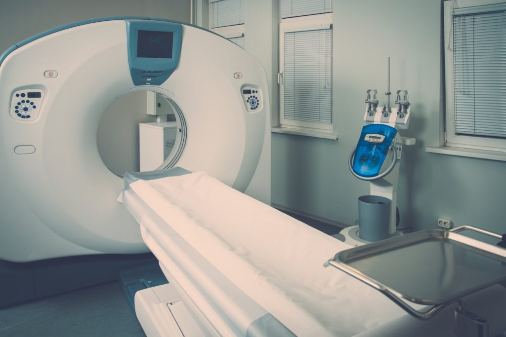 How much does a refurbished CT scanner cost in 2021?