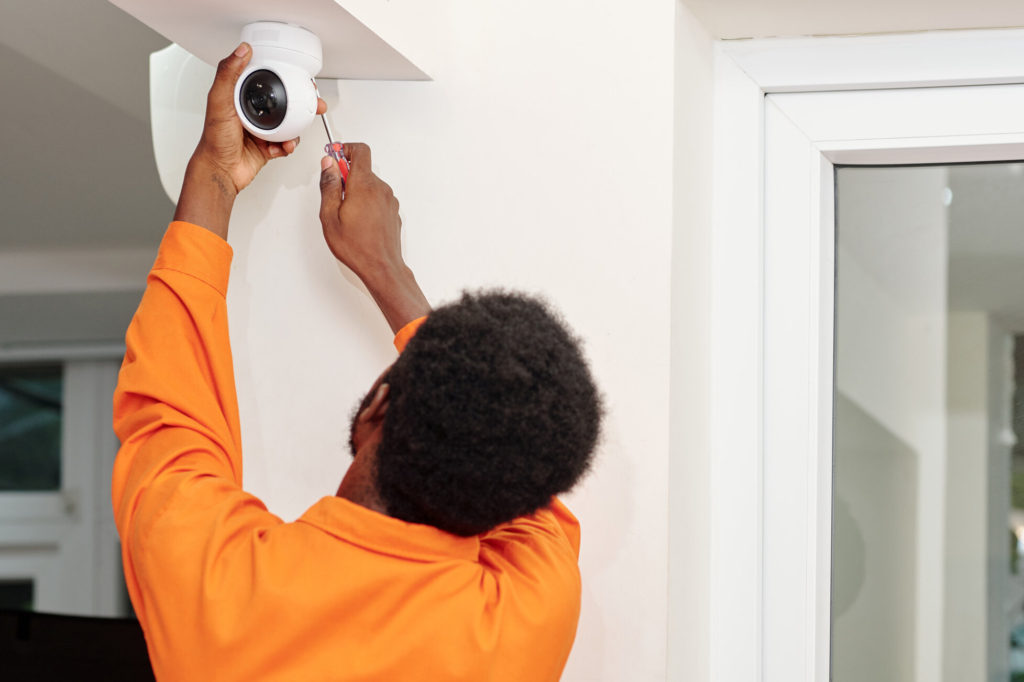 How Security Camera Systems Protect Your Business in Miami