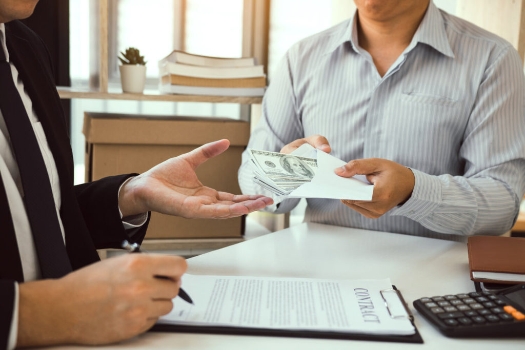 What to Know About Using a Broker for Trust Deed Investing
